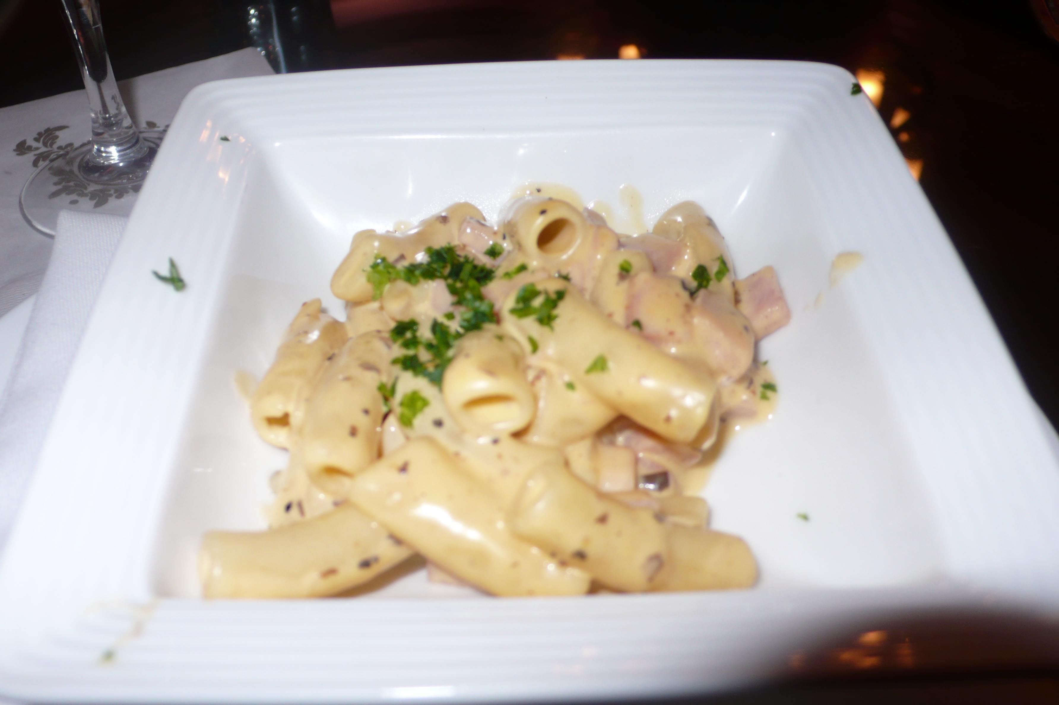 ham black truffle macaroni and cheese