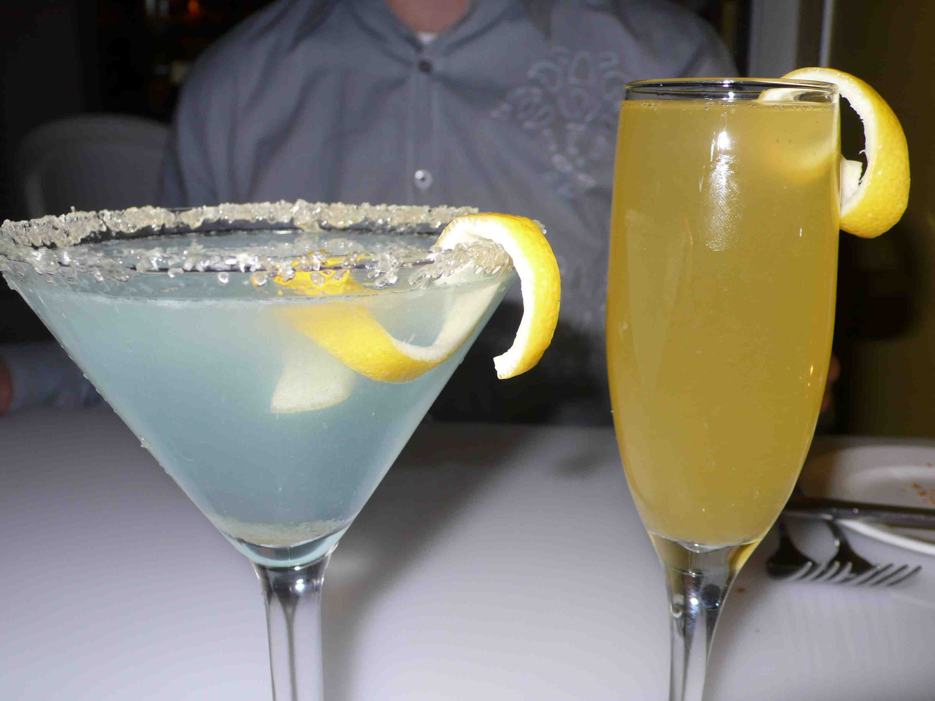 Le Citron Blue and bellini at Citron