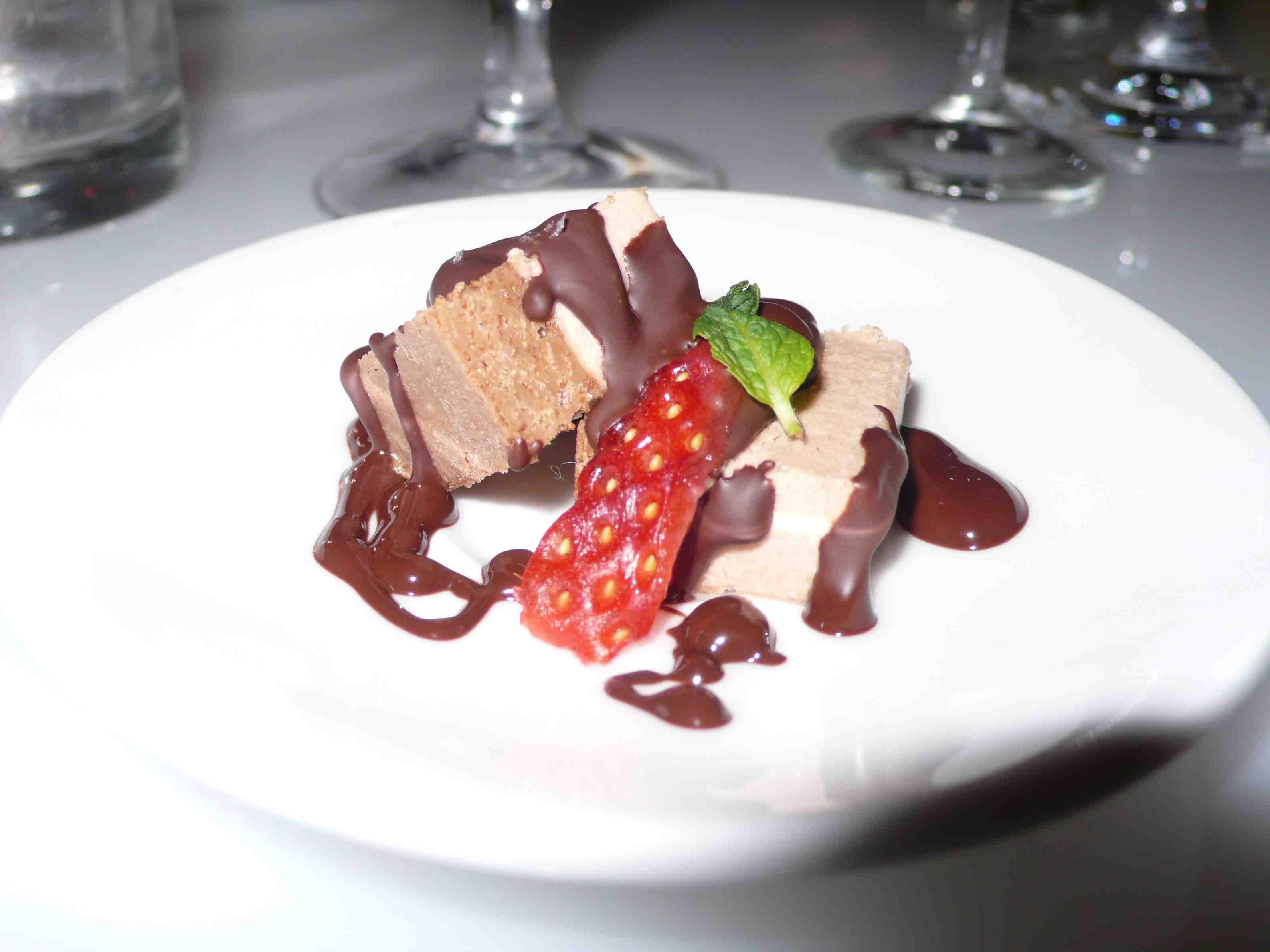Kit Kat dessert