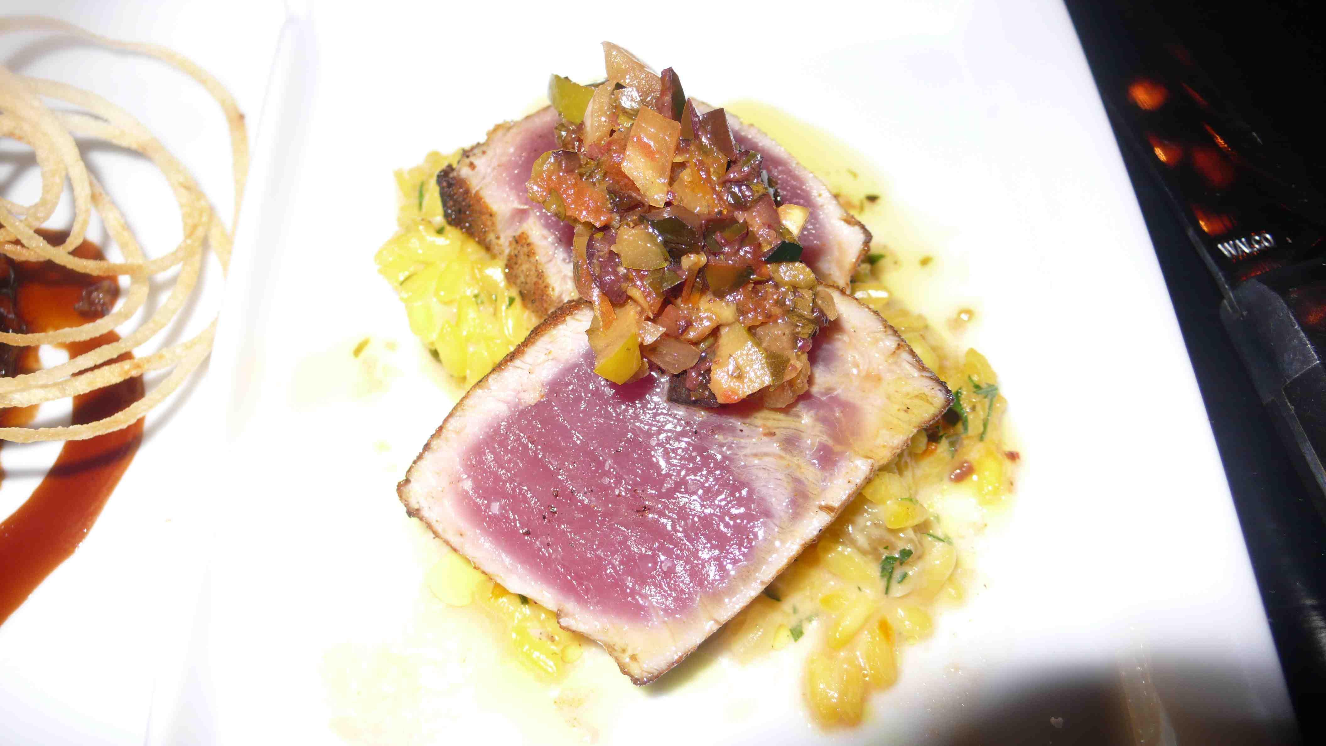 Yellowfin tuna with pistacio risotto