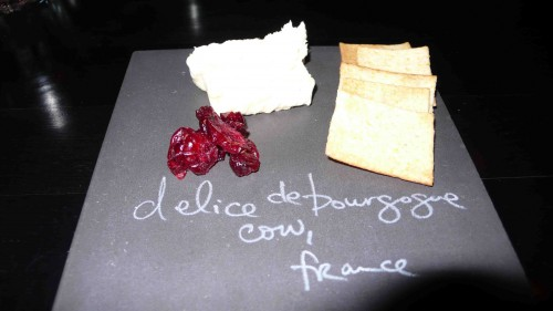 sample welcome cheese plate