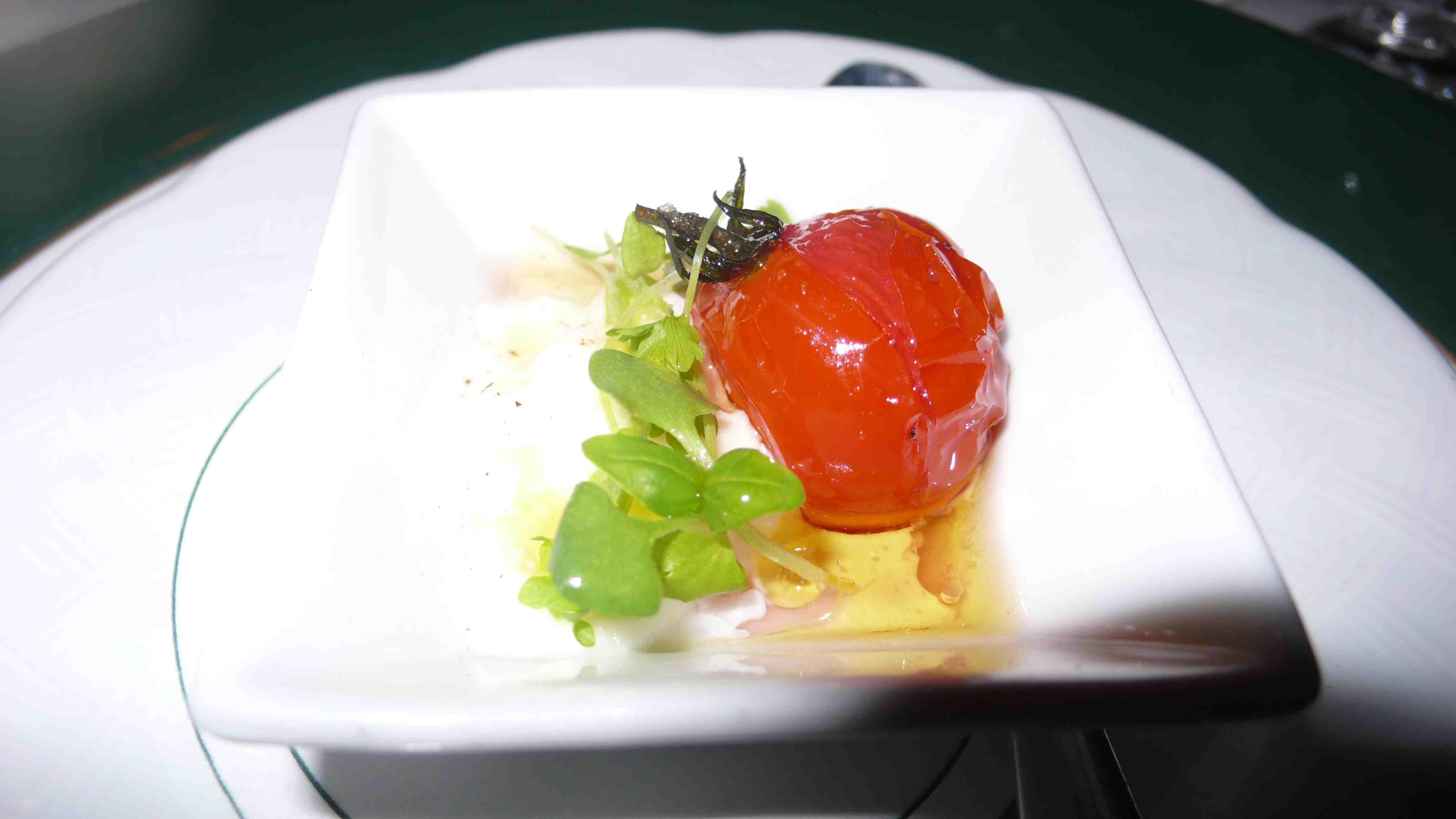 tomato mozzerlla amuse