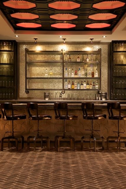 Rolling Stone Dining Bar