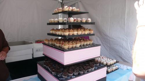 Cake mamas display