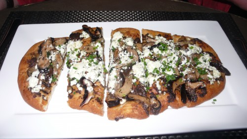 roasted mushroom flatbread