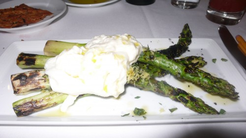 asparagus with burrata